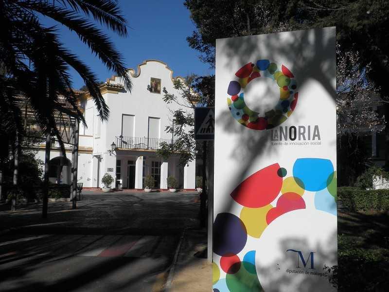 LA-NORIA-edificio-fachada-principal