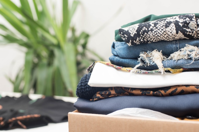 ecodicta-share-clothes-save-the-planet